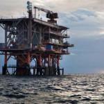 Una piattaforma di trivellazione nel Mar Adriatico