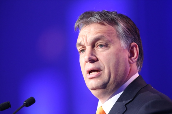 Viktor Orbán, Ungheria