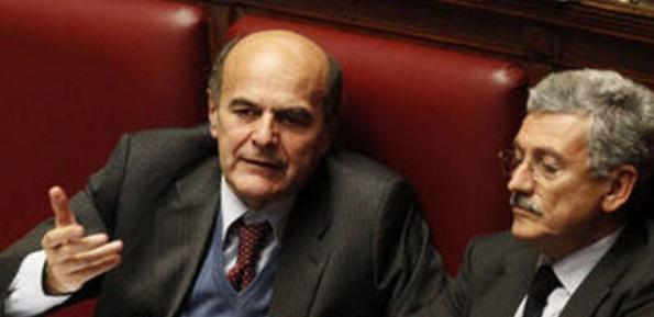 Partito Democratico, Matteo Renzi Pierluigi, Bersani e D'Alema seduti affianco in Parlamento