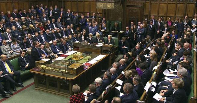 Brexit ora il parlamento di westminster pu bloccare tutto for Immagini del parlamento