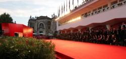 Mostra Cinema Venezia: la maratona dei film comincia in musica