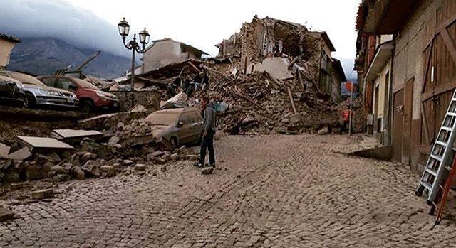 Altre scosse tra le 'ferite' del terremoto: pesante il bilancio delle vittime
