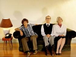 Istat, due giovani su tre vivono ancora con i genitori