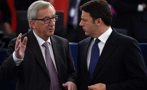 Renzi e Juncker divisi a Berlino