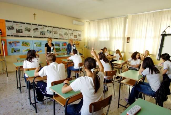 Rivoluzione scuola: voti in lettere e soltanto due scritti alla Maturità