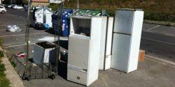 Complotto frigoriferi abbandonati, lo scivolone della Raggi