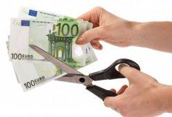Che cosa dice la proposta del Movimento 5 Stelle sulla riduzione dei costi della politica
