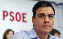 Spagna, PSOE: la poetica �revoluci�n de las rosas rojas�