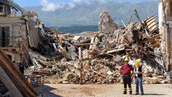 """Fondi terremoto: la bufala sui """"soldi scomparsi"""" destinati ai terremotati"""
