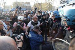 Unione Europea: in 5.000 a EuroStop. Tensione senza scontri