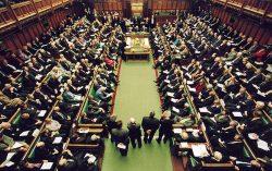 Pensioni e stipendi dei parlamentari nel resto d'Europa, tutti i dati