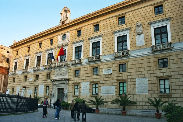 elezioni comunali 2017 - Palermo palazzo delle aquile, sede dell'amministrazione comunale