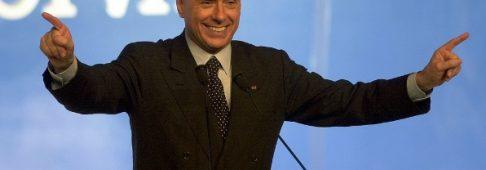 """Silvio Berlusconi, parla l'ex premier: """"Dell'Utri italiano modello"""""""