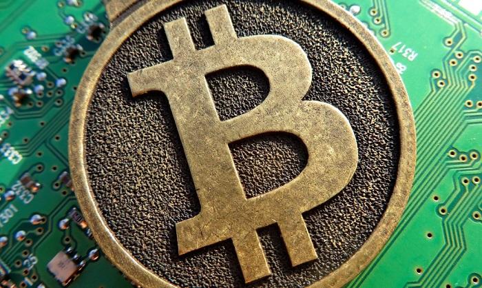 Bitcoin, calo per colpa della Cina, che vuole bloccare gli exchange locali