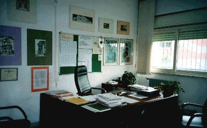 Risultati immagini per ufficio del preside