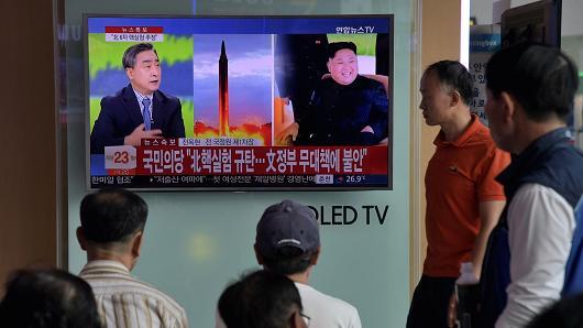 3 portaerei USA verso la Corea e Pyongyang: