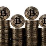 Bitcoin record sopra 8 mila dollari e pagamenti Pos in Italia