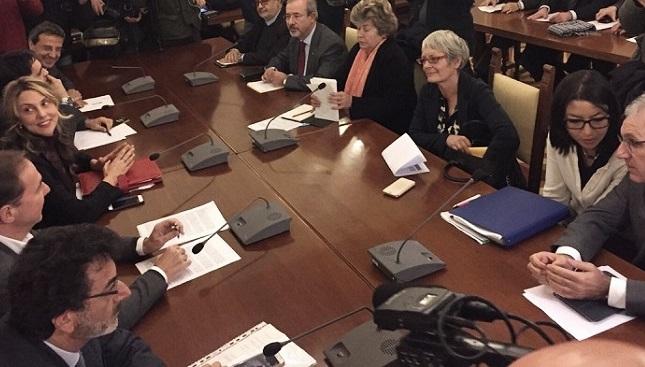 Rinnovo contratto statali: governo e sindacati alle strette