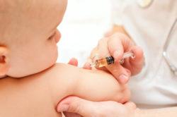 Vaccino antinfluenzale 2017: costo e quando farlo. Effetti collaterali rari