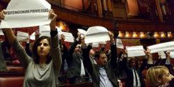 Abolizione vitalizi: M5S presenta istanza urgente per l'approvazione