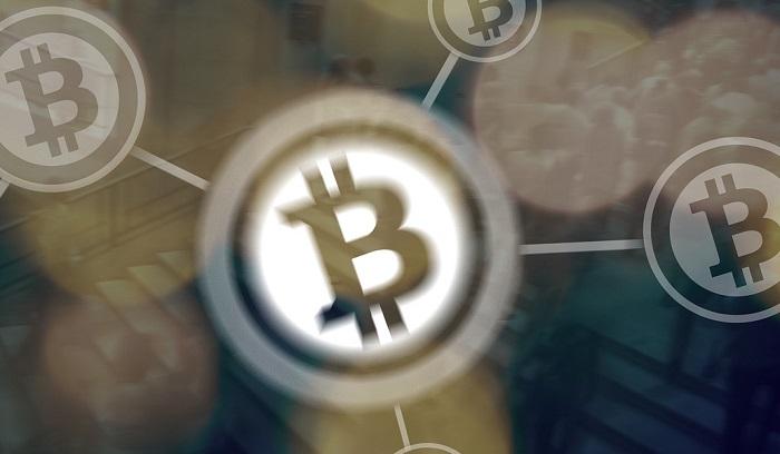 Bitcoin sopra 14 mila dollari, analisi