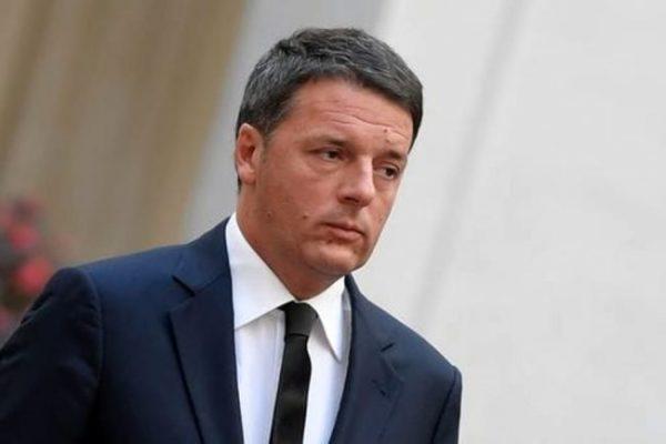M5S apre ad alleanze, salgono chance di governo anti euro