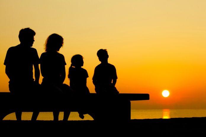 Carta famiglia 2018 requisiti per la domanda e limite di reddito