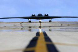 Corea del Nord, ultime notizie: Usa inviano bombardieri a Guam