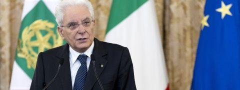 Governo ultime notizie Mattarella è furioso, no a Conte premier def Incarico Governo