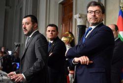 Governo 2018, ultime notizie: tensione Mattarella-Lega-M5S, salta Savona?
