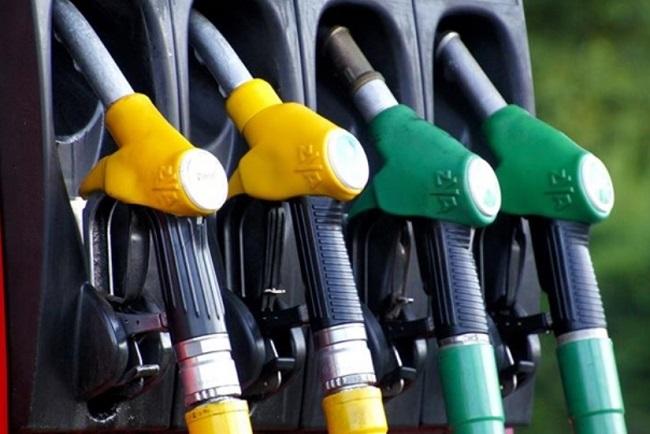 Fattura elettronica carburante proroga è ufficiale, la nuova scadenza
