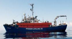 Governo Conte, ultime notizie: Nave Lifeline rifiutata da più Paesi