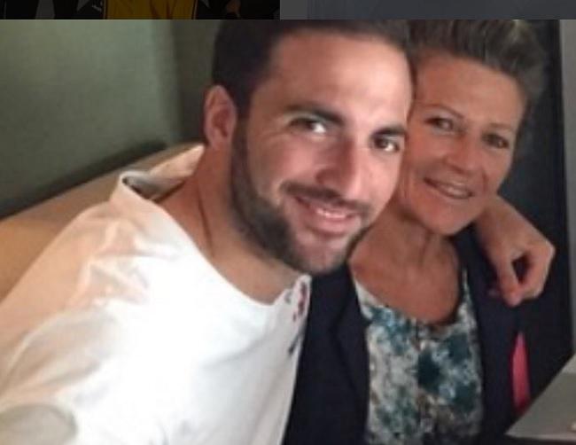 Gonzalo Higuain moglie, figli ed età. La famiglia del calciatore, Gonzalo Higuain