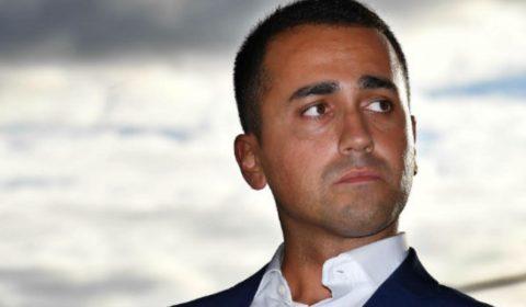 Governo ultime notizie Luigi DI Maio difende def