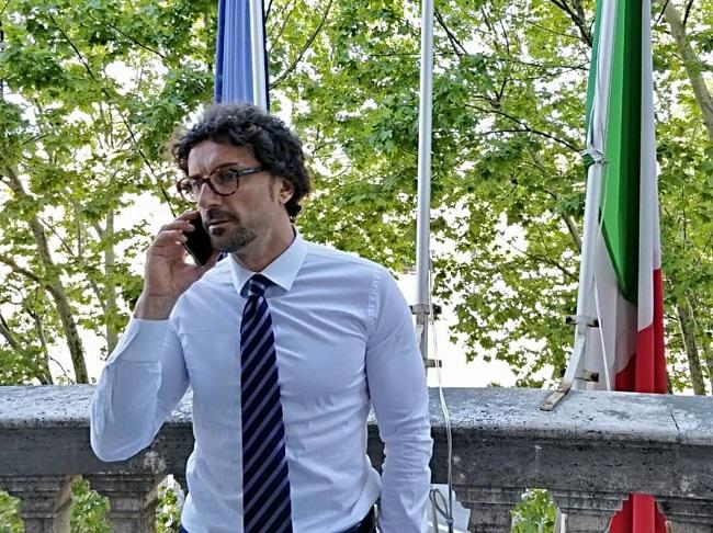 Governo ultime notizie Battisti e Castelli alla guida di Ferrovie dello stato