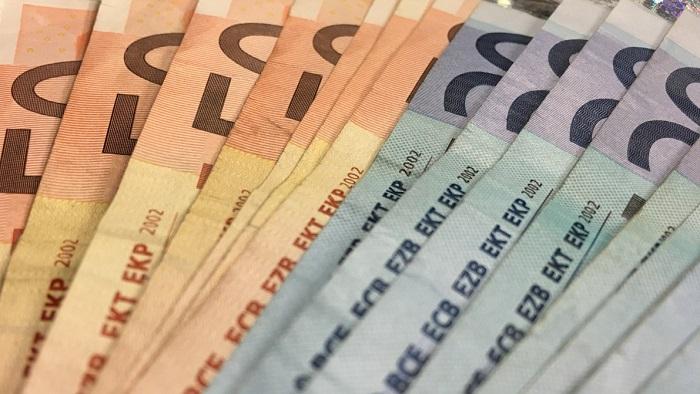 Assegni familiari 2018: detrazioni coniuge a carico, quanto spetta