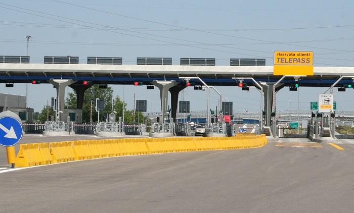 Costo autostrada e calcolo pedaggio: prezzo con e senza Telepass