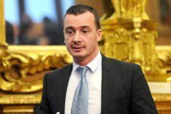 Rocco Casalino: stipendio e curriculum, quanto guadagna più di Conte