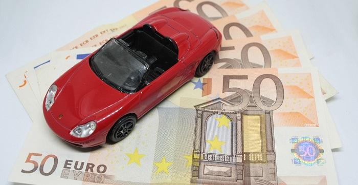 Bollo auto: prescrizione pagamento o decadenza