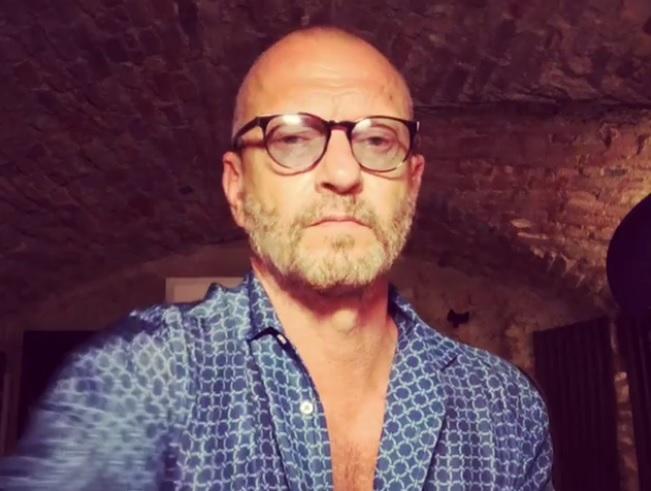 Biagio Antonacci si sposa: dopo dieci anni d'amore le nozze con Paola