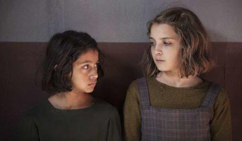 Elisa Del Genio e Ludovica Nasti in L'amica geniale, dal romanzo di Elena Ferrante