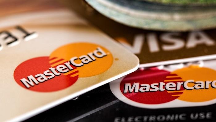 Carta di credito e noleggio auto, come farlo senza e limiti