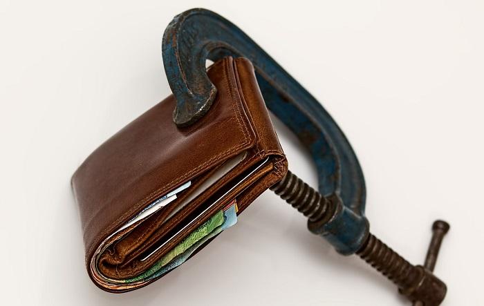 Pignoramento conto corrente e carta prepagata: come evitarlo