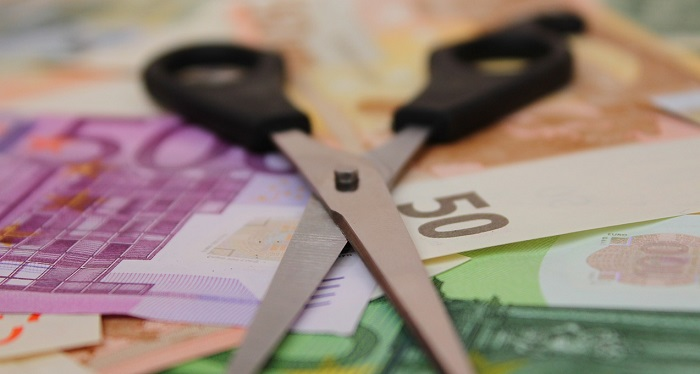 Visita fiscale Inps: decurtazione stipendio assenza malattia