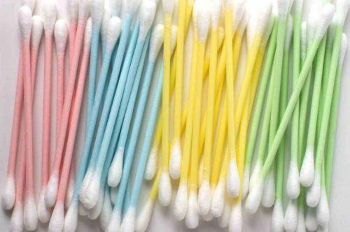Abolizione cotton fioc 2019 plastica: quali saranno ritirati a gennaio