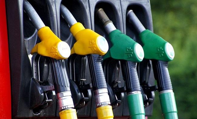 Accise benzina Italia 2019 aumento in Legge di Bilancio sui carburanti