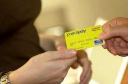 Conto corrente: bancomat postepay, truffa pagamento a dicemb