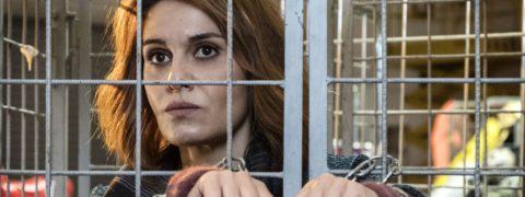 La Befana vien di notte, trama, cast e trailer del film con Paola Cortellesi
