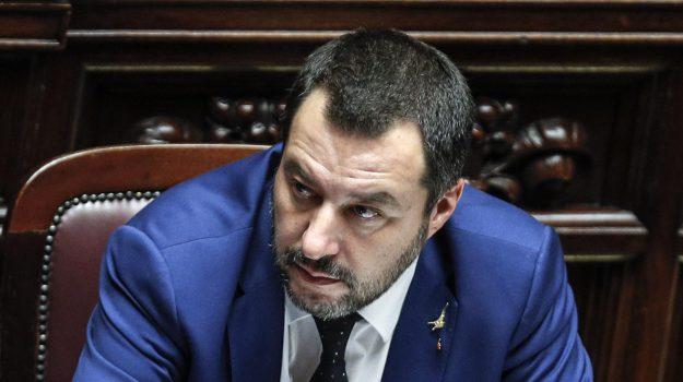 """Governo ultime notizie: Salvini """"non lo farò saltare per un sondaggio"""". Pensioni ultime notizie Quota 100, Salvini stanziati più soldi"""