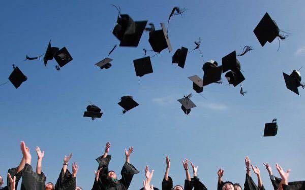 Calcolo riscatto laurea Inps 2019: costo, pro e contro. A chi conviene